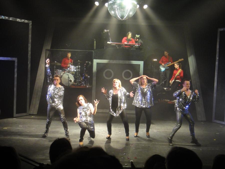 VIT tänä vuonna Riihimäen Teatterissa. Luukut auki!