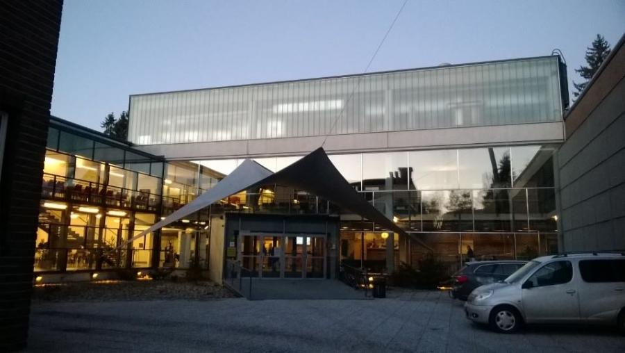 Kotikunta-maakunta -päivää Hämeessä. Maakuntavaltuustolla aloitetaan ja kotikunnan kunnanhallitukseen. Nyt HAMK Riihimäki ja maakuntavaltuusto...