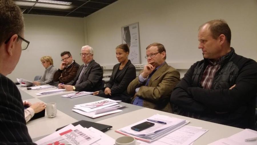 Hämeen valtuuston Kokoomus-ryhmä koolla... Rakennetaan tulevaisuuden Hämettä.