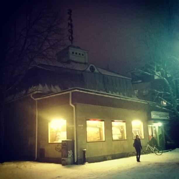 Ja tässä sitten tuo tunnelmainen Kino Sampo. Lapsuudesta muistan sen leffateatterina ja nyt sitten upeana Riihimäen Nuorisoteatterin kotina ja näyttämönä. Arvokas.