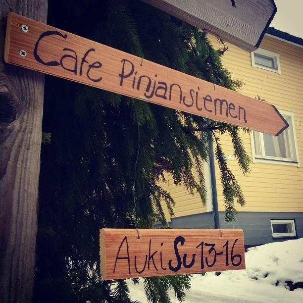 Ja jälkiruuat sitten #CafePinjansiemen Hämeenlinnan Hätilässä. #ravintolapäivä #restaurantday