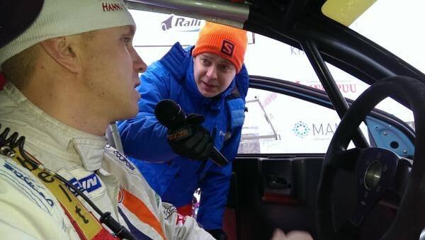 Hieman tunnelmia tältä päivältä. Tässä lähdössä haastateltavanani Juha Salo joka myös ajoi SM Vaakuna rallin voittoon.