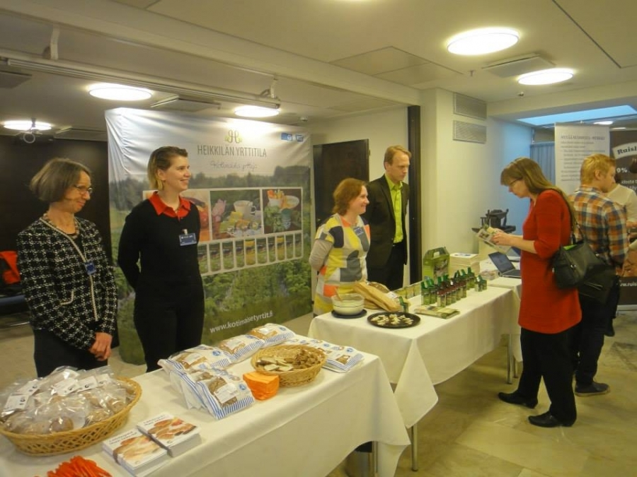 Keskustan Eeva-Maria Maijala on aktiivinen suomalaisen ruuan puolustaja eduskunnassa ja kaikessa toiminnassaan. Eeva-Maria ensimmäisinä aamulla mukana.