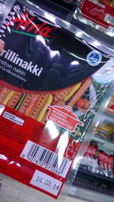 Tässä muutamia nopeasti kaupasta poimimiani isojen merkkien 100% suomalaisia tuotteita. Eli ei suomalainen ruoka välttämättä todellakaan tarkoita hifistelyä.
