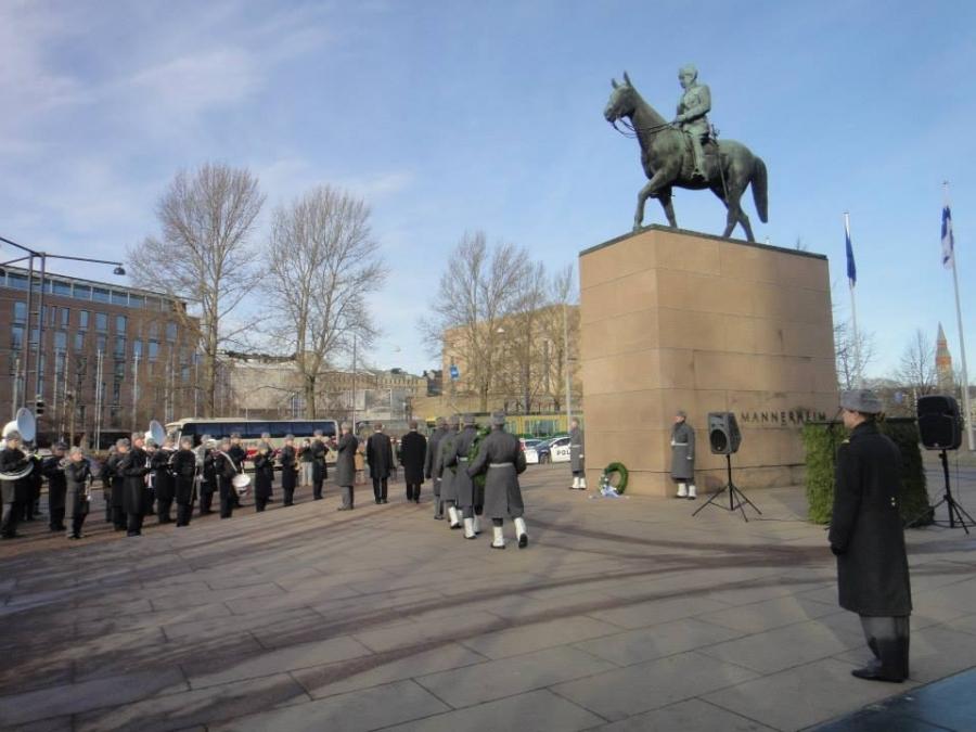 Talvisodan päättymisen Muistotilaisuus Marsalkka Mannerheimin Ratsastajapatsaalla tänään aamulla 13.3.2014.