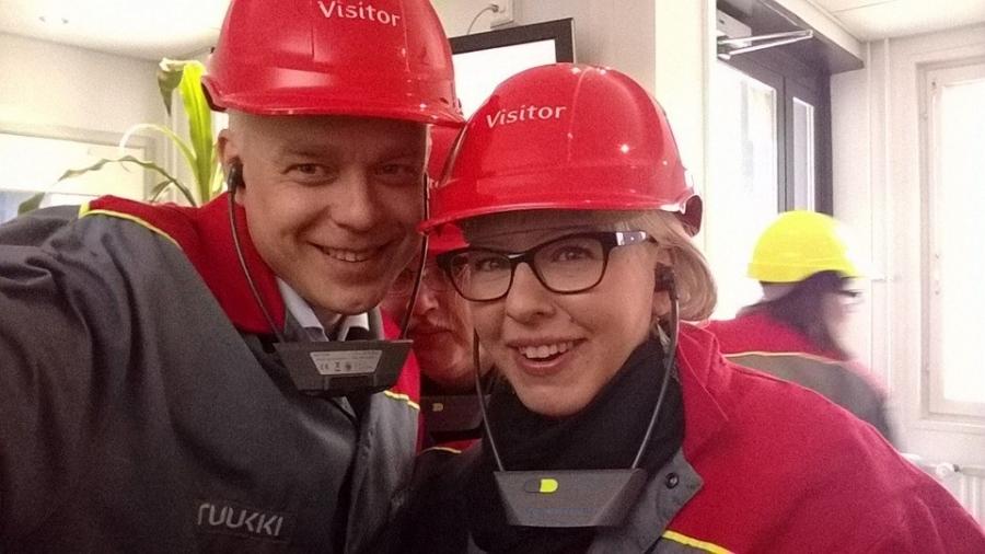 Tässä Ruukilla vasemmistoliiton varapuheenjohtajan Aino-Kaisa Pekosen kanssa. Mielenkiintoinen vierailu.