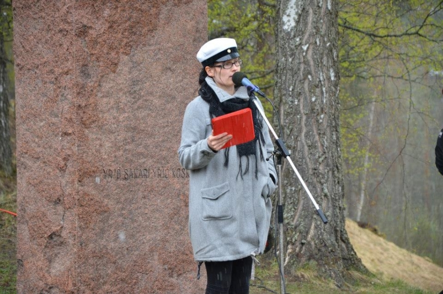 Tilaisuuden avasi Lopen kunnanhallituksen puheenjohtaja Tiina Seppälä joka kertoi lyhyesti myös kunnan ja Lopen Yrittäjien tuloksekkaasta yhteistyöstä.