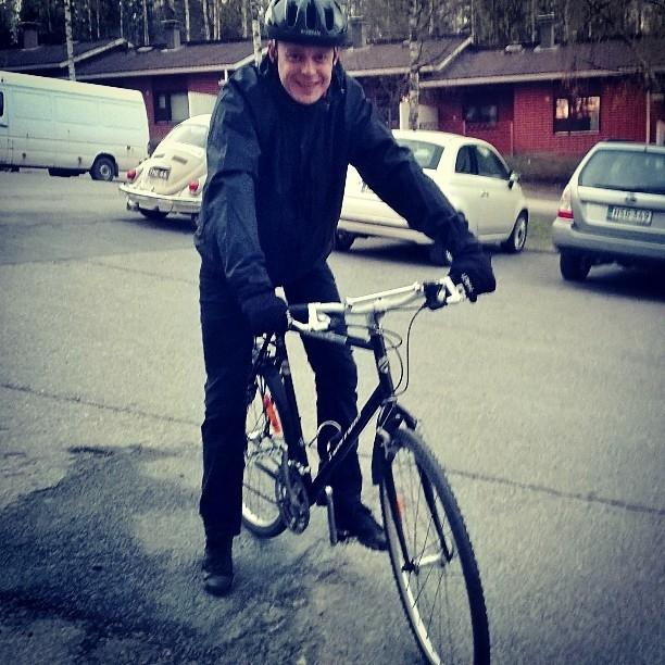 Illalla vielä Vanajanlinnan vappulounaan jälkeen pieni pyörälenkki perheen kanssa. Helpotti vatsankin oloa :)