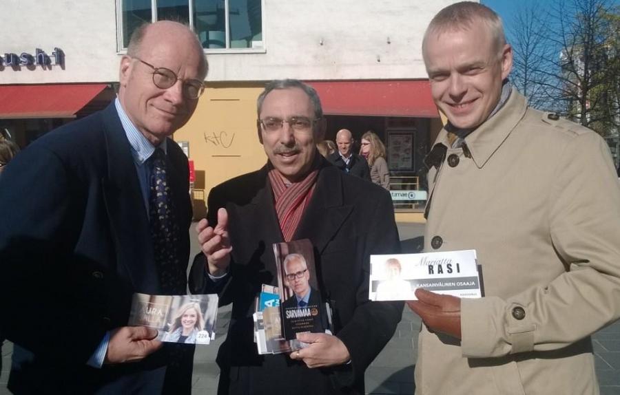 Helsinkin Kokoomuksen Vaalikontin tupareissa Kimmo Sasin ja Ben Zyskowiczin kanssa vauhdittamassa eurovaalikampanjaamme 7.5.2014.