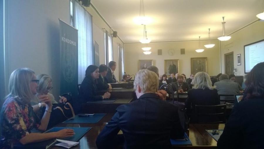 Kokoomuksen eduskuntaryhmä valitsee uuden johdon 23.6.2014.