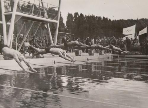 Kuva: Olympiakuva. Tältä paikka näytti aikanaan vuonna 1952 kun olympialaisia Ahvenistolla käytiin heinäkuussa.