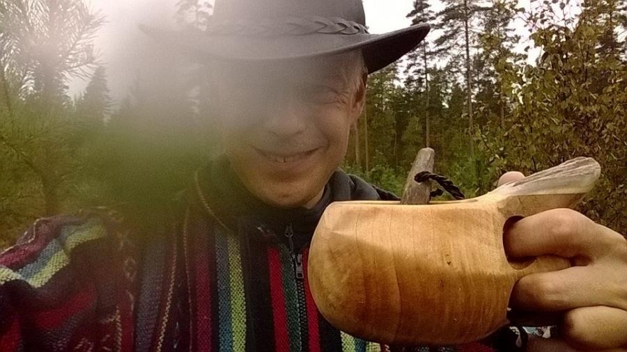 Ja ihan nuuskamuikkusena ehdin tänään myös siis sienimetsälle hetkeksi. Parhaita hetkiä eikä edes pieni sadekaan meitä lapsen kanssa haitannut.
