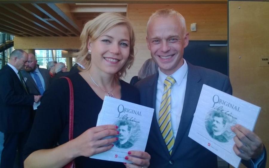 Hennan kanssa Lahdessa Sibelius Festivaalilla. Aikanaan Hennan kanssa yhtaikaa aloitimme kansanedustajina ja vieruskavereina ystävystyimme. Hauska oli taas nähdä.