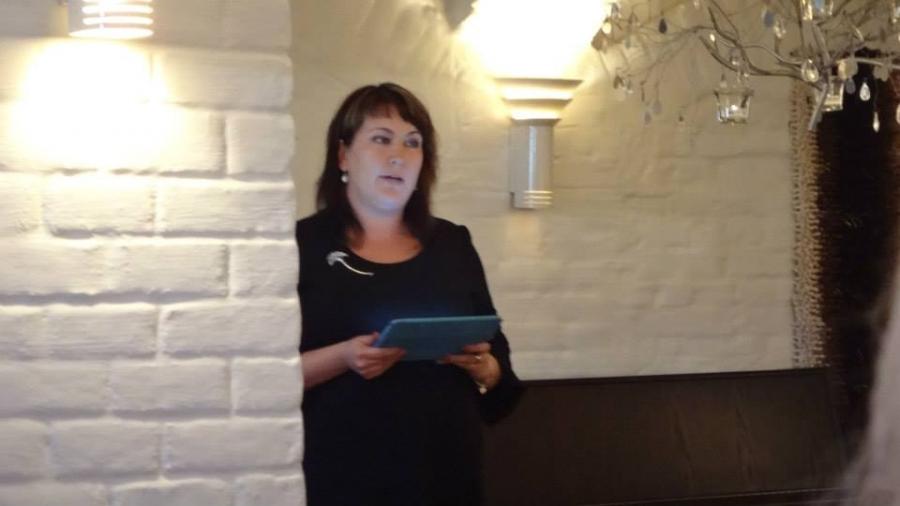 Ja juhlapuheen piti Kokoomusnaisten pääsihterii Jenny Nyman.
