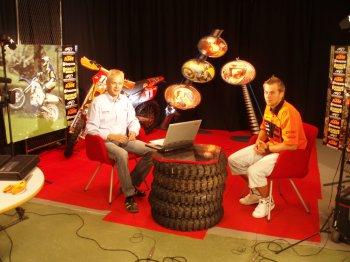 MTV3-kanavan Enduron MM-sarjan tv-ohjelman studiokuvaukset Helsingissä tänään. Vieraana nuorten MM-sarjaa ajava KTM:n Patrick Wikman.