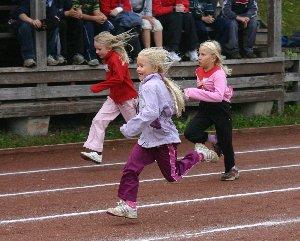 Kirkonkylän koulun ja Kissankellon koulujen 6. GP-kisat kilpailtiin tänään. Tunnelma oli hieno ja oli mukava olla selostelemassa jälleen koululaiskisojakin. Hienoa tsemppiä!
