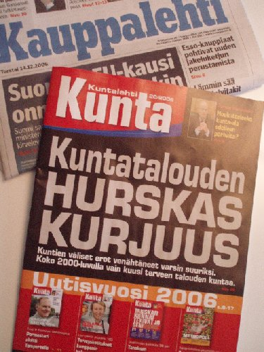 Tämän päivän Kuntalehti kertoo karua faktaa tämän päivän kuntataloudesta. Toivotaan, että Vanhanen ja Heinäluomakin lukevat lehden vakavalla mielellä.