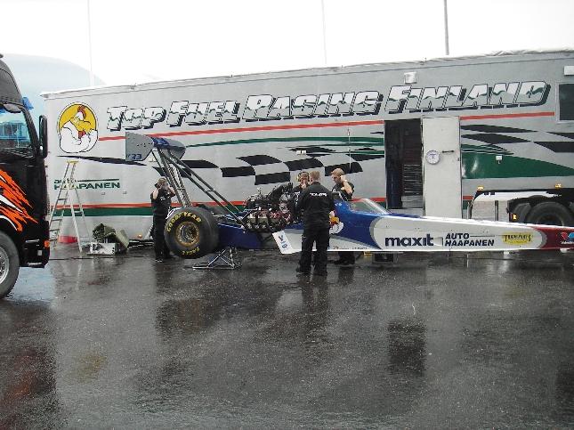 EM-sarjan kovimmat kiihdystysautot ja kuljettajat ottavat mittaa toisistaan Alastarolla tulevana viikonloppuna. Parasta paikan päällä.
