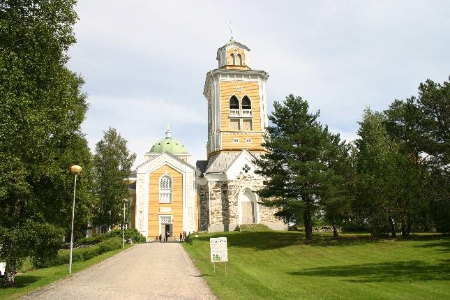 Kerimäen vanha puukirkko. Maailman suurin puukirkko ja Suomen suurin kirkkotila.