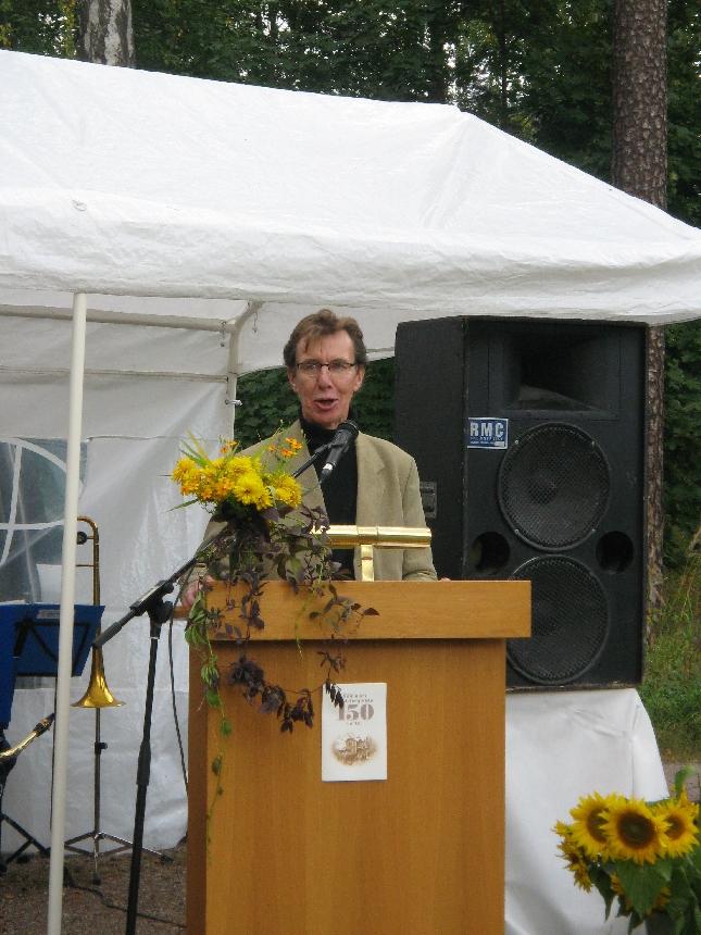 VR:n puheenvuoron Rautatiepuiston juhlassa käytti Riihimäen kaupunginvaltuuston varapuheenjohtajanakin toimiva Rauli Hirviniemi.