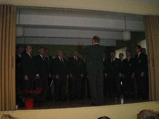 Lopen Mieslaulajat esiintyivät myös Kormun juhlassa.