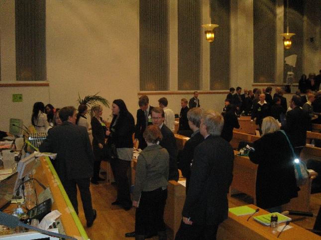 Kokoomusnuoret äänestämässä seuraajaa Tuomas Nurmelalle Rovaniemellä. Itse sain johtaa kokouksessa puhetta tänään koko iltapäivän ja ohjelmaan sisältyi mm. kokouksen tärkein anti eli uuden puheenjohtajan valinta kaksivuotiskaudelle.