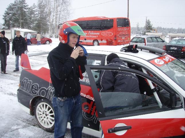 Moottorimaailma.com järjesti tänään upean talvitapahtuman Hyvinkään Vauhtipuistossa. Oli hienoa saada olla mukana.