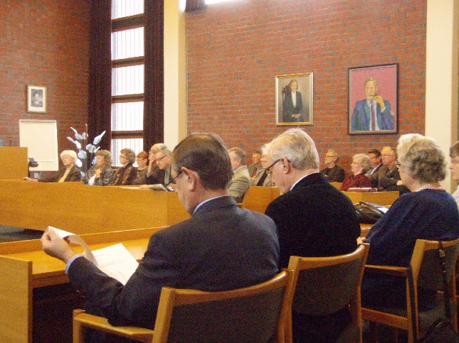 Hämeen Kansalliset Seniorit pitivät tänään piirin kevätkokouksen Lopella. Minulla oli ilo ja kunnia saada pitää poliittinen tilannekatsaus kokouksessa.