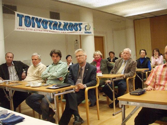 Kuopiossa oli tänään sali täynnä väkeä Puoluekokous-kiertueemme toisessa tapahtumassa.