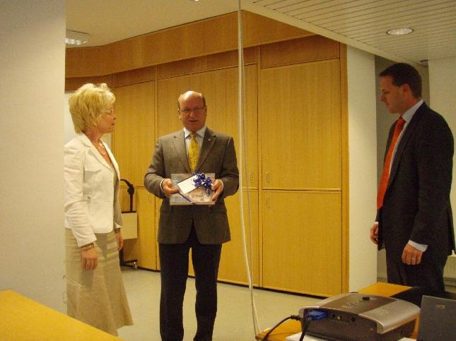 Asuntoministeri Jan Vapaavuori oli tänään historian ensimmäisen businesslounaan alustaja Hyvinkäällä.