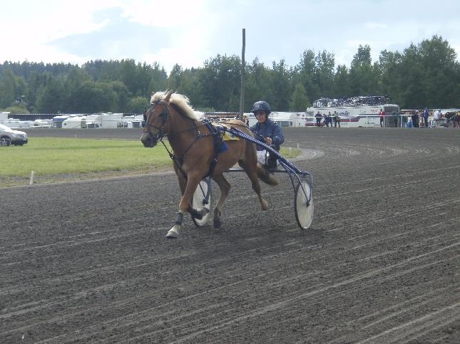 Jari Nylund Siru ja valmiina starttiin. Kilpailulupa irtosi.