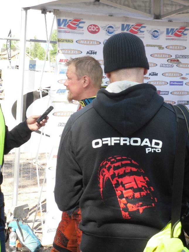 Samuli Aro ajoi vahvasti KTM:llä. Tässä mestari maalihaastattelussa.