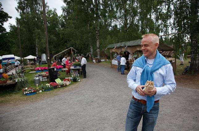 Krouvin Kyläpäivillä tänään. Kuva Vesa Nopanen. Kiitos Veskulle jälleen kuvasta.