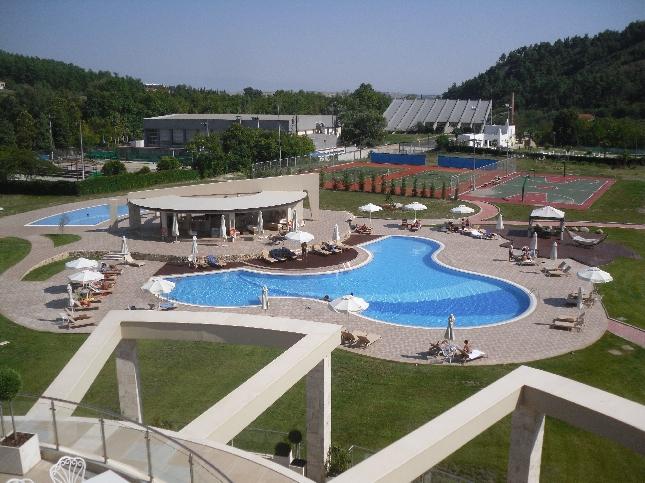 Ihastuttava hotellimme Serresin laidalla.