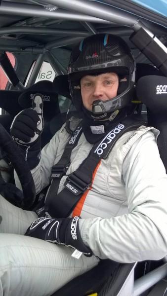 Juha Salo ja Marko Salminen testasivat Lohjalla ja Karkkilassa uutta Peugeot 208 T16 R5 autoa.