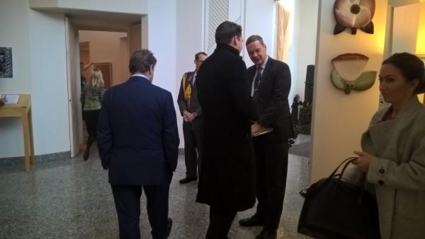 Puolustusvaliokunta Mäntyniemessä tapaamassa Tasavallan Presidentti Sauli Niinistöä.
