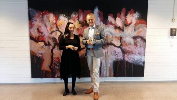 Marita Liulia ja Timo Heinonen vierailun päätteeksi Liulian gallerialla